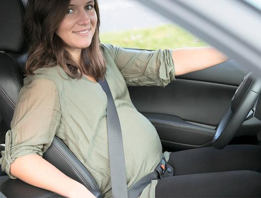 Cinturón de seguridad en el embarazo lo que no debes hacer