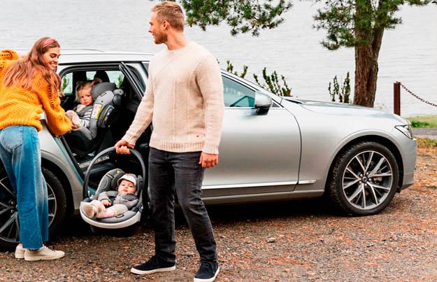 Consejos al viajar con niños en auto
