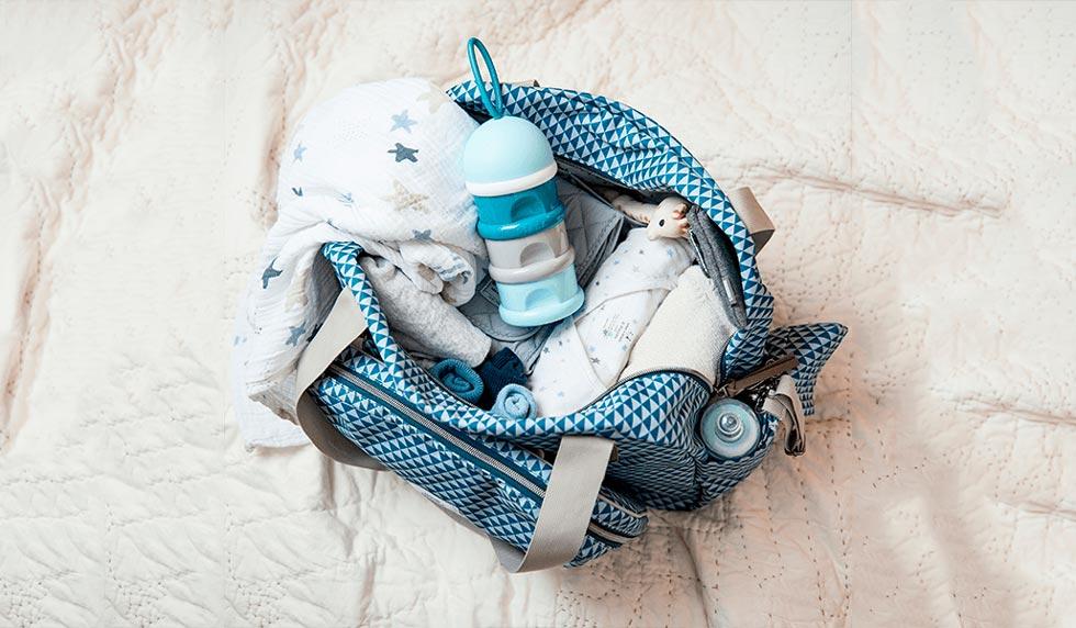 ¿Sales de viaje en avión con tu bebé?