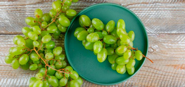 Papilla de Uvas y Manzana