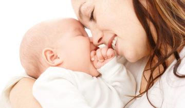 Los mejores cuidados para la madre y el bebé tras el parto