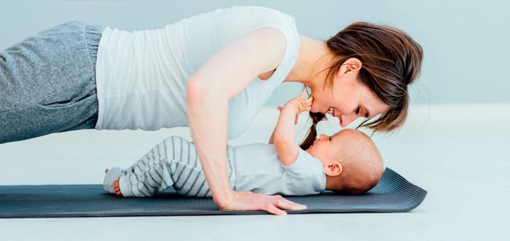 Yoga postnatal: ventajas y para qué es útil