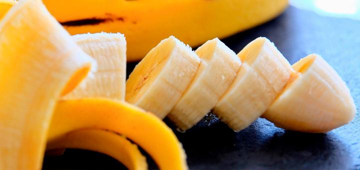 Papilla de Fresas y Plátano